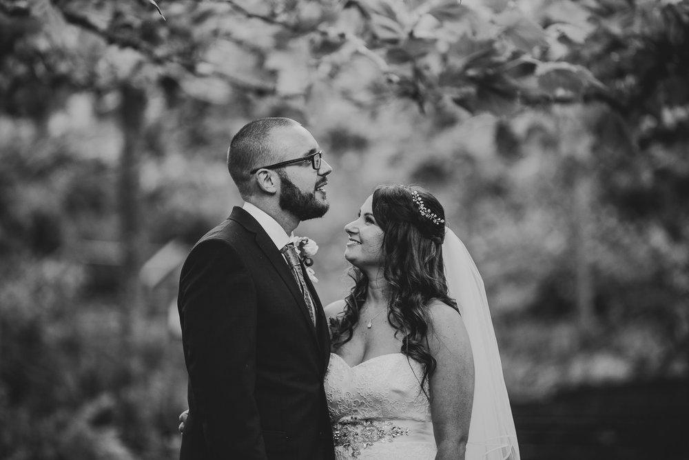 CORNWALL-WEDDING-PHOTOGRAPHER-1440.jpg