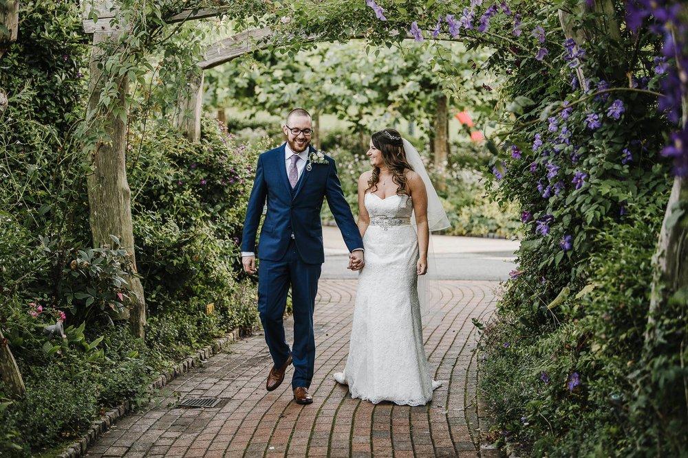 CORNWALL-WEDDING-PHOTOGRAPHER-1447.jpg
