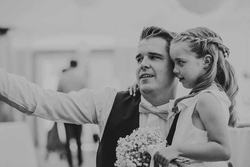 CORNWALL-WEDDING-PHOTOGRAPHER-1493.jpg