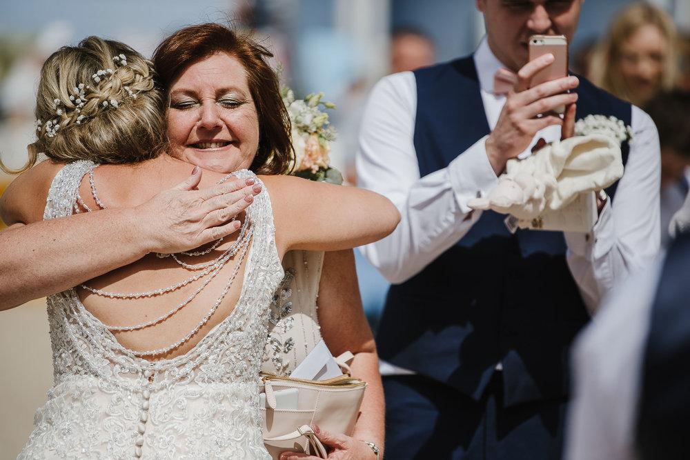 CORNWALL-WEDDING-PHOTOGRAPHER-1524.jpg