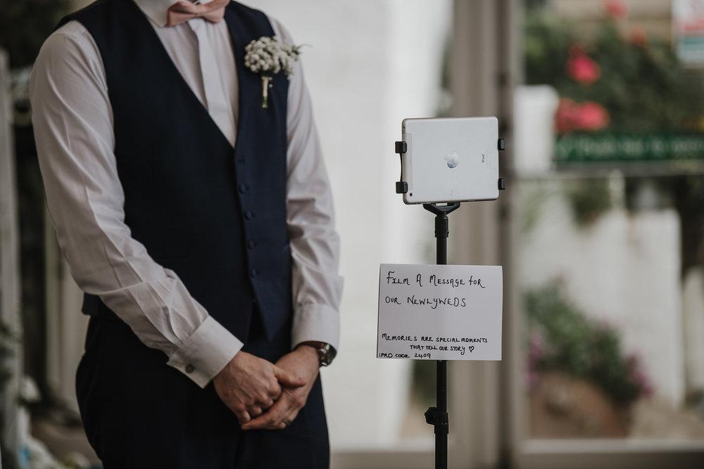 CORNWALL-WEDDING-PHOTOGRAPHER-1555.jpg