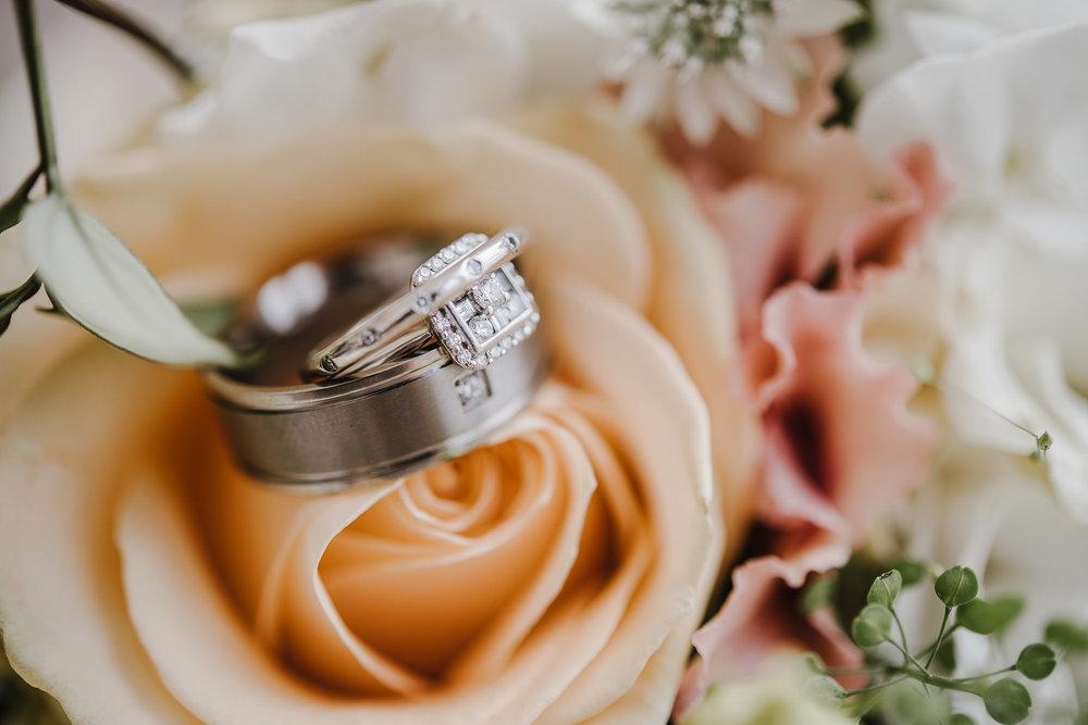 CORNWALL-WEDDING-PHOTOGRAPHER-1563.jpg