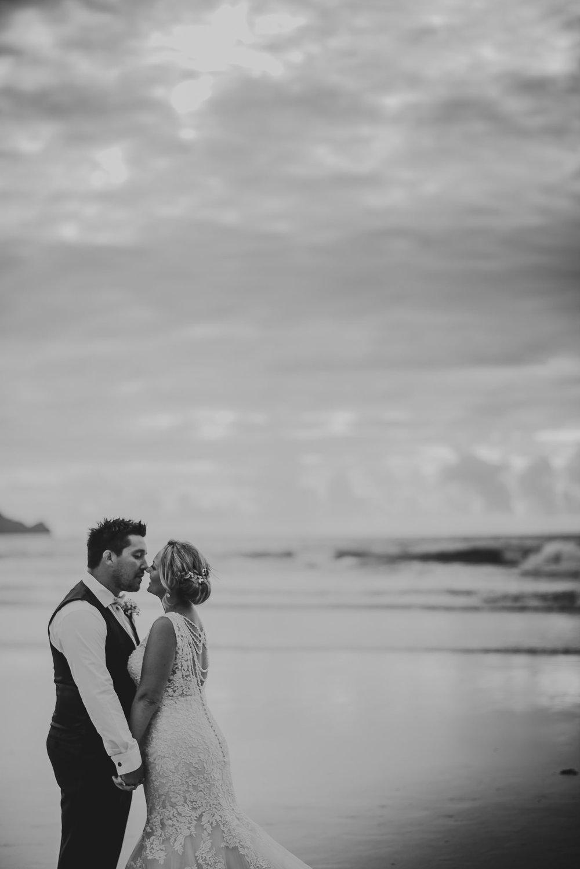 CORNWALL-WEDDING-PHOTOGRAPHER-1599.jpg
