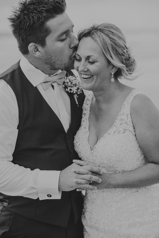 CORNWALL-WEDDING-PHOTOGRAPHER-1607.jpg