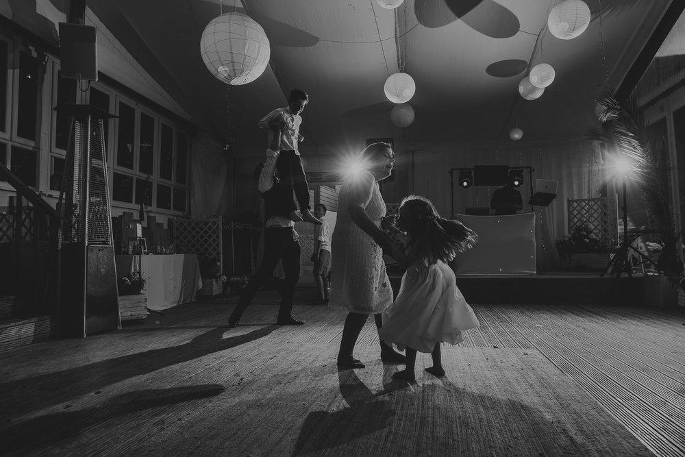 CORNWALL-WEDDING-PHOTOGRAPHER-1609.jpg