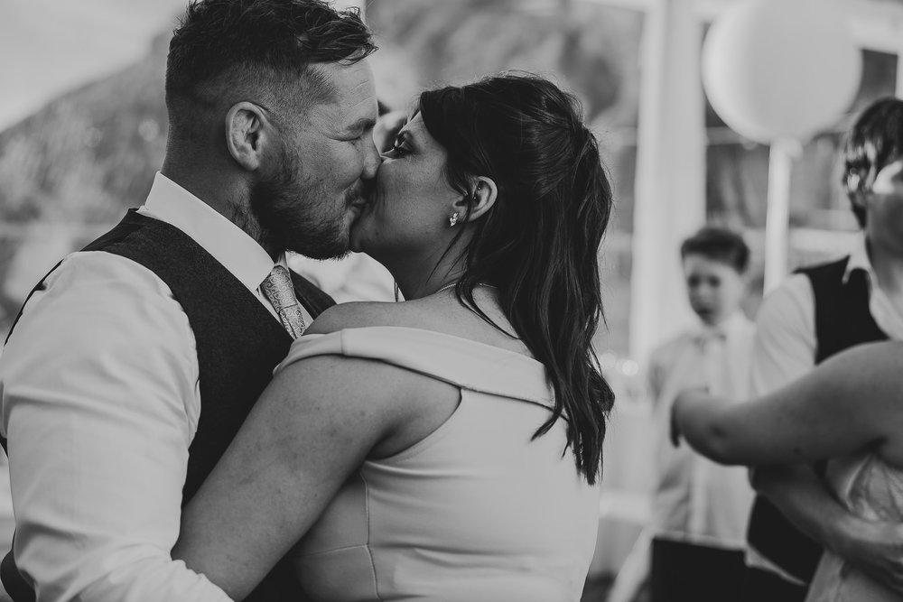 CORNWALL-WEDDING-PHOTOGRAPHER-1619.jpg
