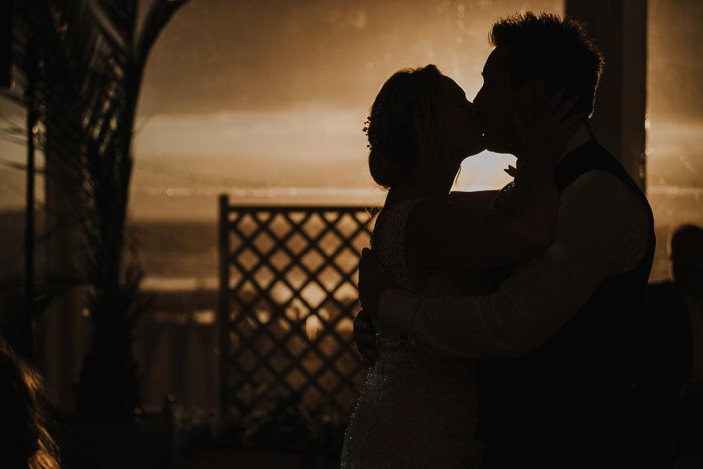 CORNWALL-WEDDING-PHOTOGRAPHER-1620.jpg