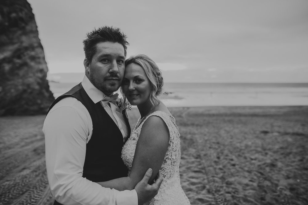 CORNWALL-WEDDING-PHOTOGRAPHER-1631.jpg