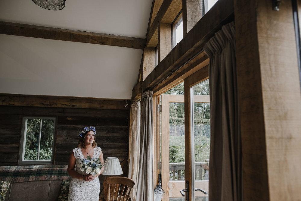 CORNWALL-WEDDING-PHOTOGRAPHER-1711.jpg