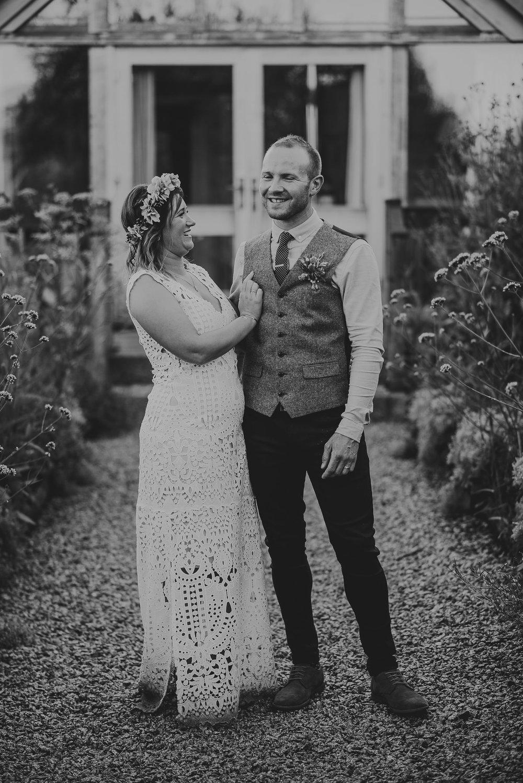 CORNWALL-WEDDING-PHOTOGRAPHER-1814.jpg