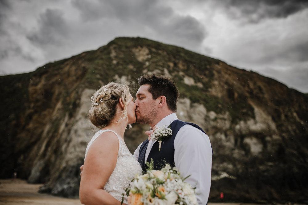 BEST-WEDDING-PHOTOGRAPHER-CORNWALL-2018-18.jpg