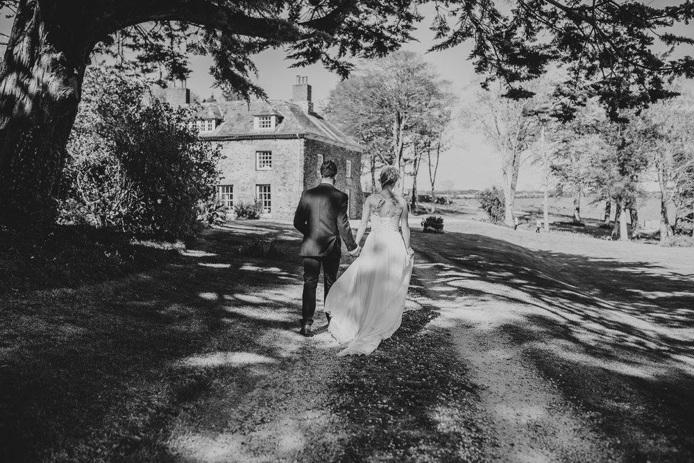 BEST-WEDDING-PHOTOGRAPHER-CORNWALL-2018-24.jpg