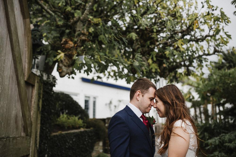 BEST-WEDDING-PHOTOGRAPHER-CORNWALL-2018-35.jpg
