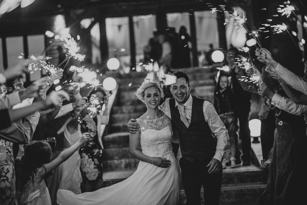 BEST-WEDDING-PHOTOGRAPHER-CORNWALL-2018-52.jpg