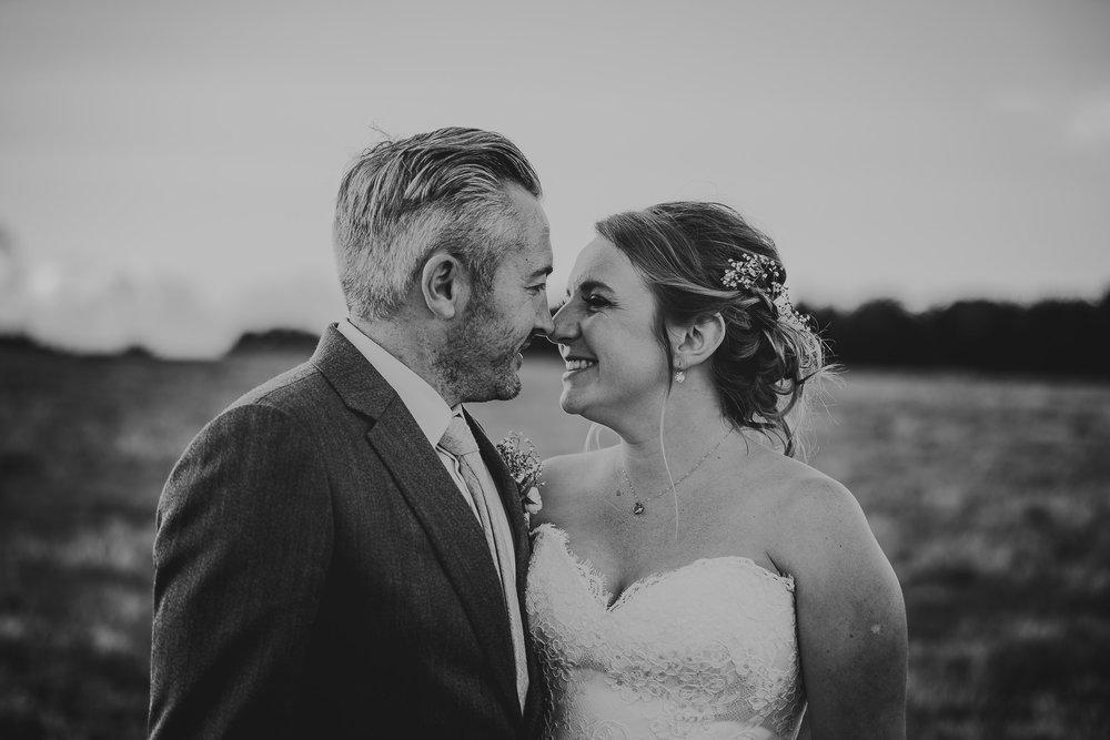 BEST-WEDDING-PHOTOGRAPHER-CORNWALL-2018-54.jpg