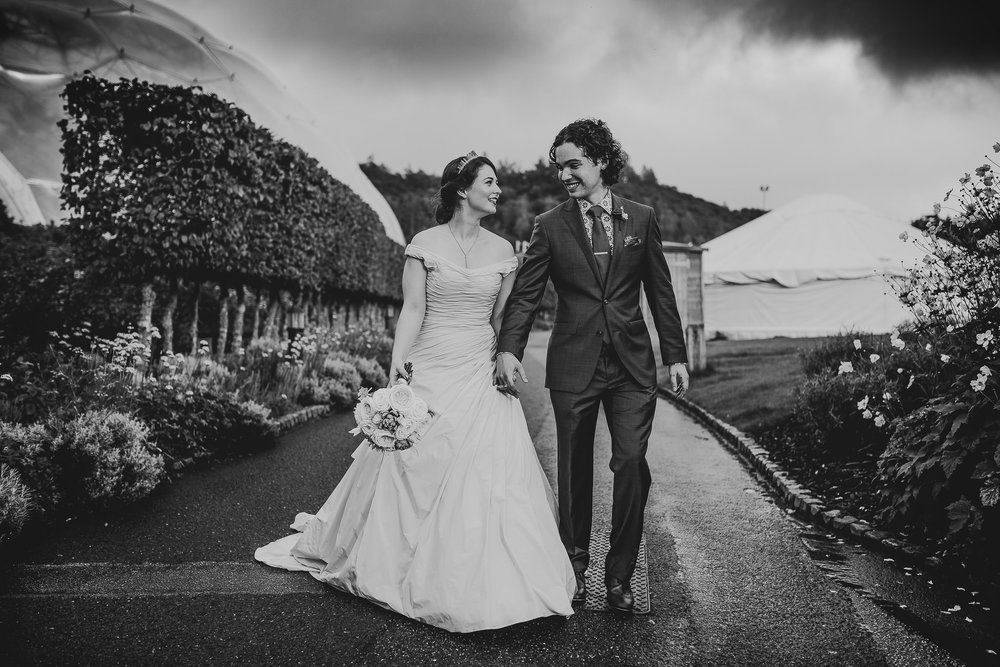 BEST-WEDDING-PHOTOGRAPHER-CORNWALL-2018-56.jpg