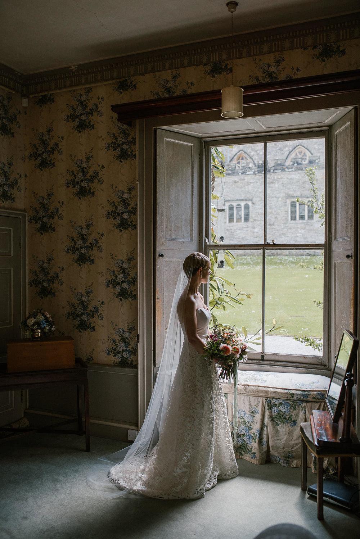 BEST-WEDDING-PHOTOGRAPHER-CORNWALL-2018-62.jpg