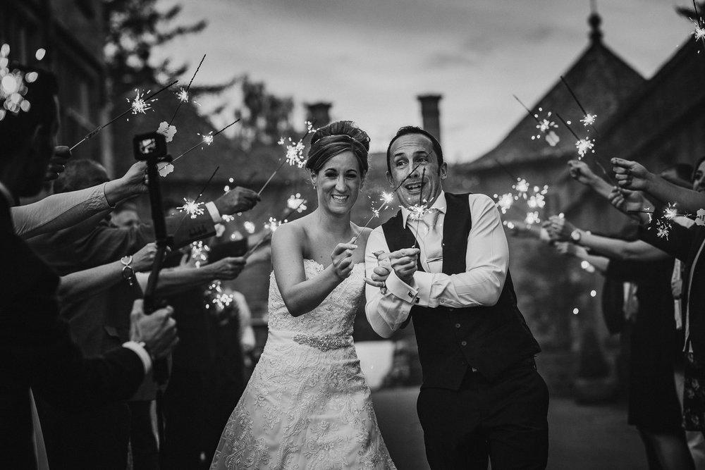 BEST-WEDDING-PHOTOGRAPHER-CORNWALL-2018-66.jpg
