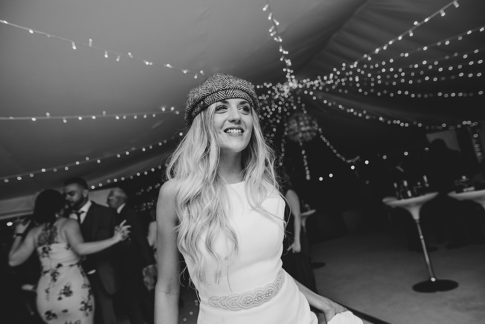 BEST-WEDDING-PHOTOGRAPHER-CORNWALL-2018-84.jpg
