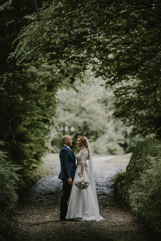BEST-WEDDING-PHOTOGRAPHER-CORNWALL-2018-96.jpg
