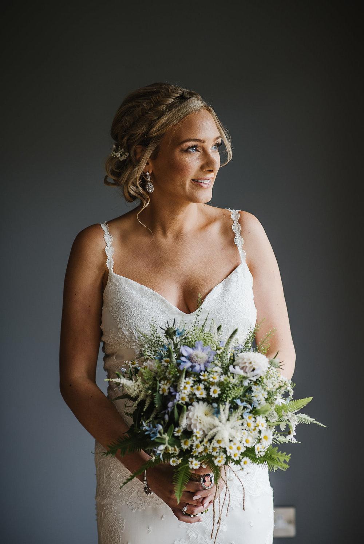 BEST-WEDDING-PHOTOGRAPHER-CORNWALL-2018-100.jpg
