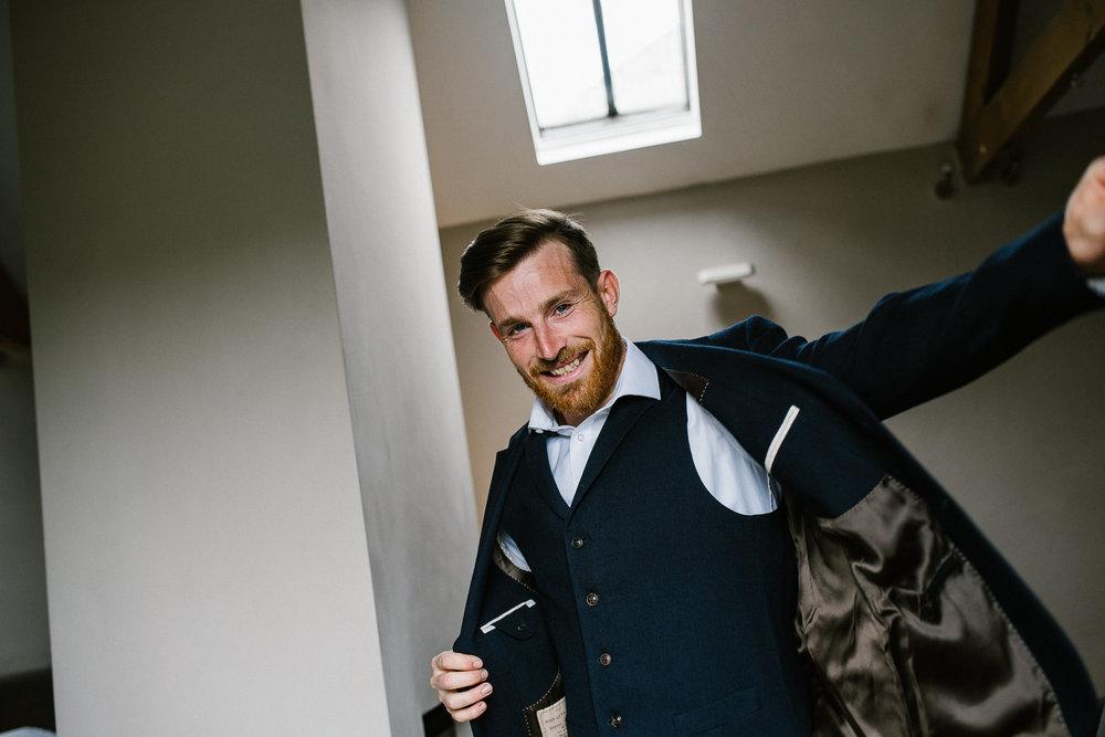 BEST-WEDDING-PHOTOGRAPHER-CORNWALL-2018-103.jpg
