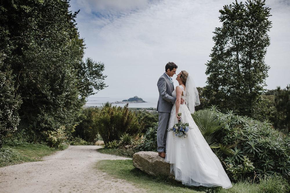 BEST-WEDDING-PHOTOGRAPHER-CORNWALL-2018-114.jpg