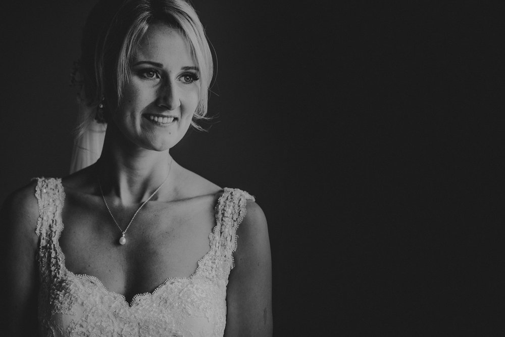 BEST-WEDDING-PHOTOGRAPHER-CORNWALL-2018-135.jpg