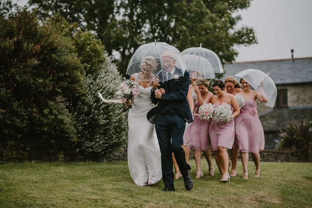 BEST-WEDDING-PHOTOGRAPHER-CORNWALL-2018-140.jpg