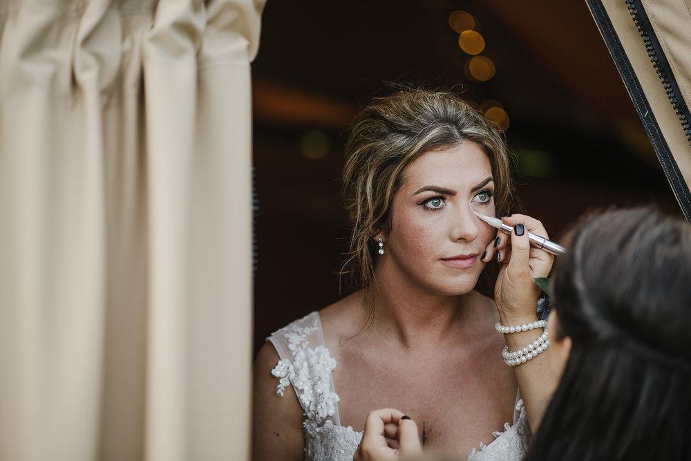 BEST-WEDDING-PHOTOGRAPHER-CORNWALL-2018-143.jpg