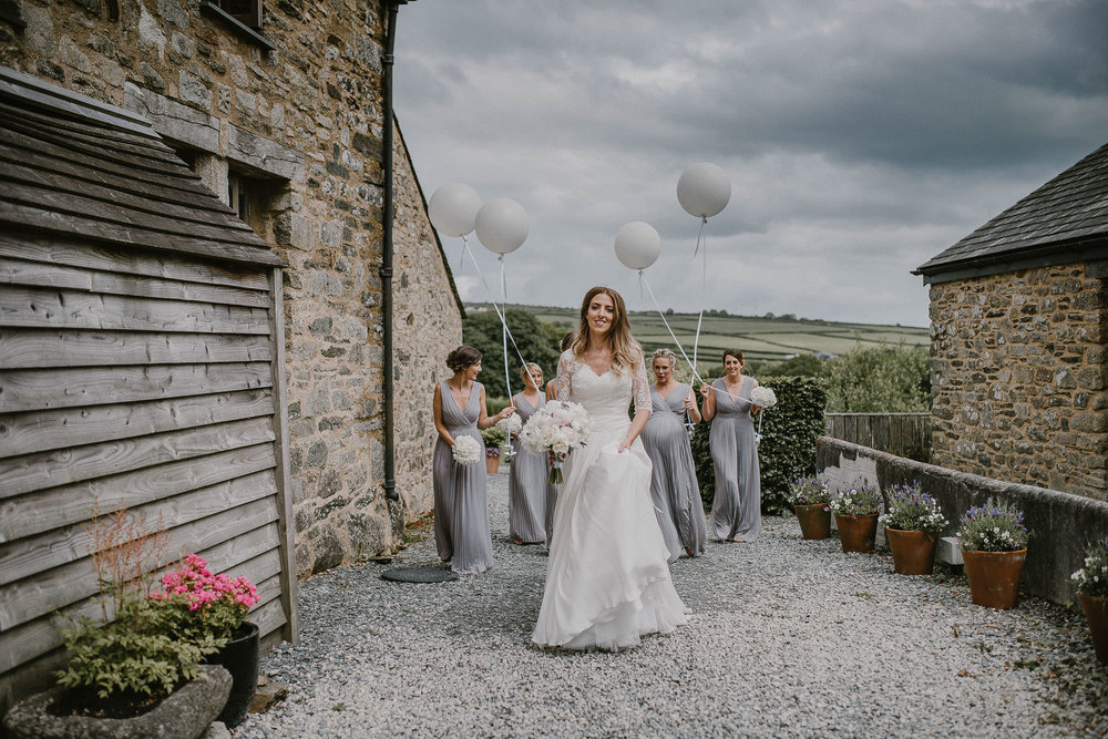 BEST-WEDDING-PHOTOGRAPHER-CORNWALL-2018-147.jpg