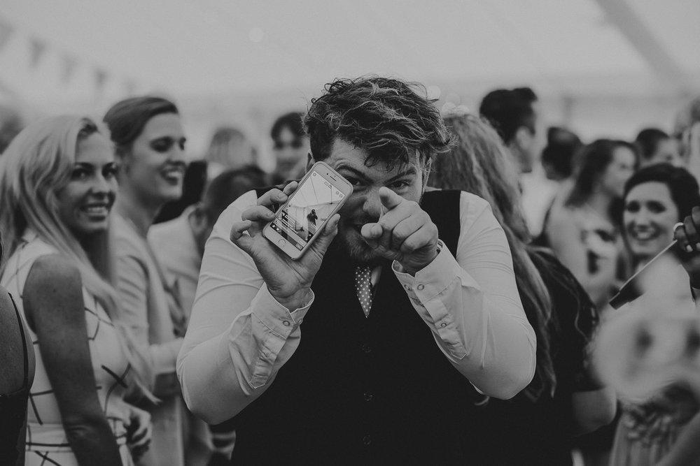 BEST-WEDDING-PHOTOGRAPHER-CORNWALL-2018-156.jpg