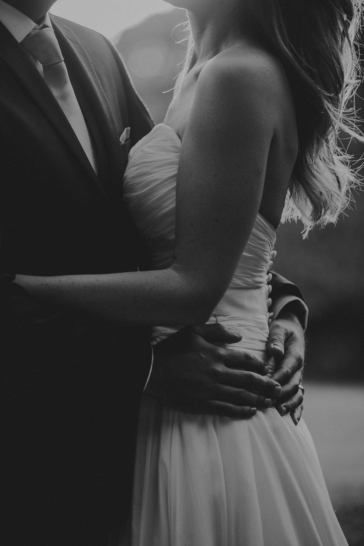 BEST-WEDDING-PHOTOGRAPHER-CORNWALL-2018-164.jpg