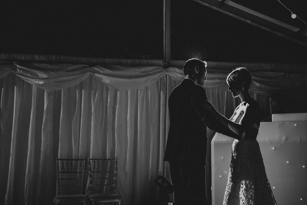 BEST-WEDDING-PHOTOGRAPHER-CORNWALL-2018-172.jpg