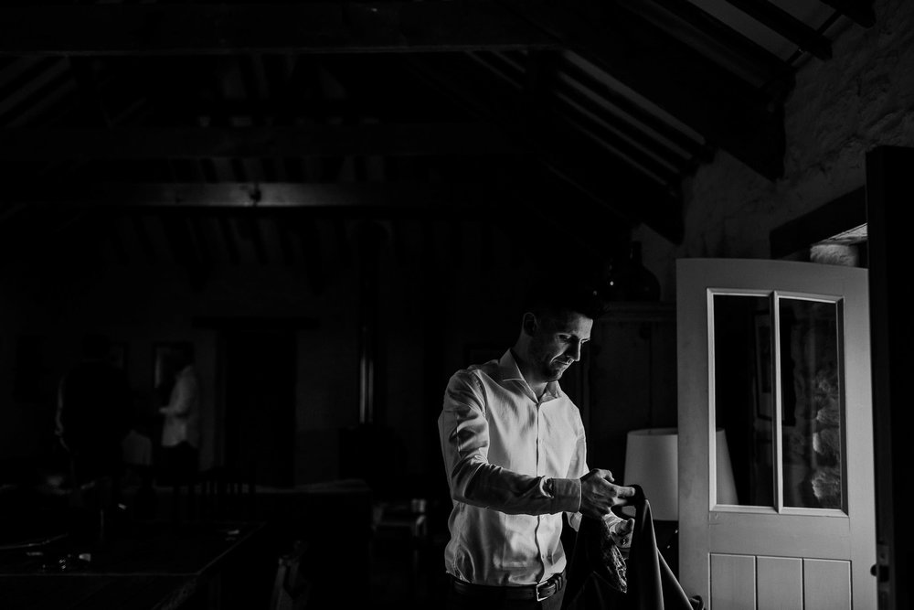NANCARROW-FARM-WEDDING-PHOTOGRAPHER-CORNWALL-22.jpg