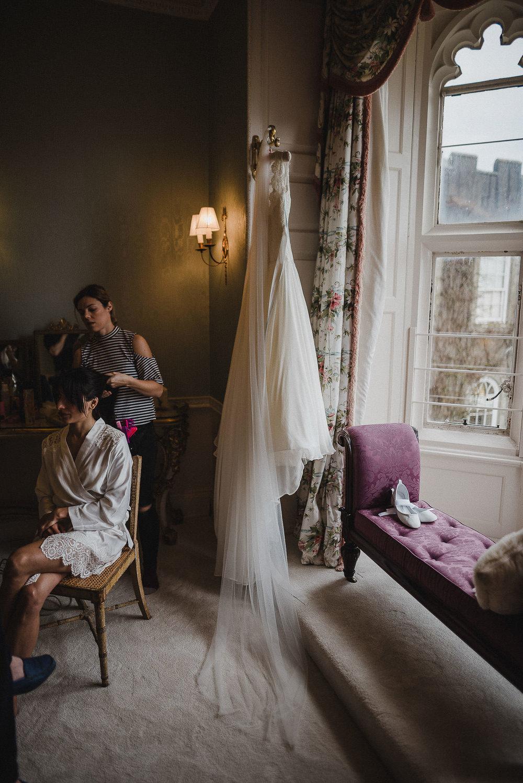 POWDERHAM-CASTLE-WEDDING-PHOTOGRAPHER-CORNWALL-DEVON-9.jpg