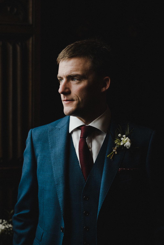 POWDERHAM-CASTLE-WEDDING-PHOTOGRAPHER-CORNWALL-DEVON-18.jpg