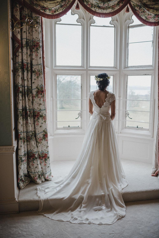 POWDERHAM-CASTLE-WEDDING-PHOTOGRAPHER-CORNWALL-DEVON-25.jpg