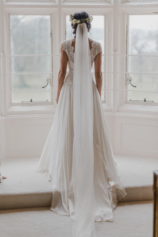 POWDERHAM-CASTLE-WEDDING-PHOTOGRAPHER-CORNWALL-DEVON-28.jpg