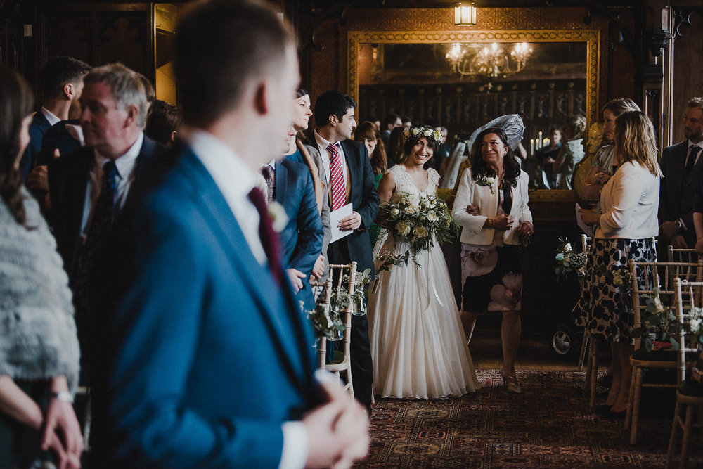POWDERHAM-CASTLE-WEDDING-PHOTOGRAPHER-CORNWALL-DEVON-31.jpg