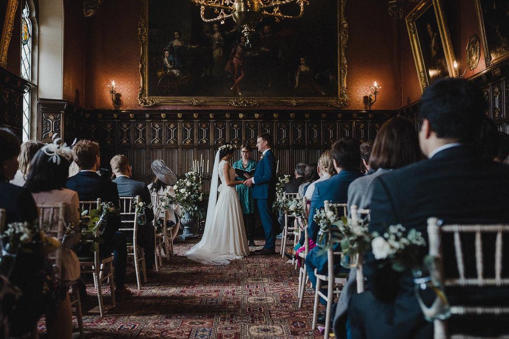 POWDERHAM-CASTLE-WEDDING-PHOTOGRAPHER-CORNWALL-DEVON-34.jpg