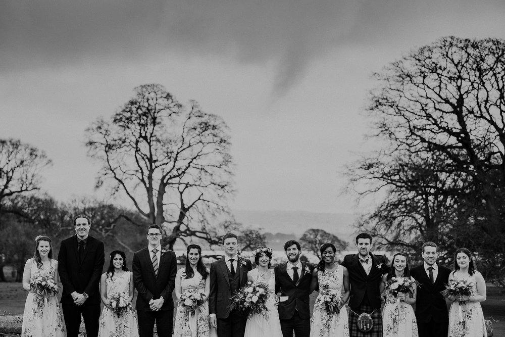 POWDERHAM-CASTLE-WEDDING-PHOTOGRAPHER-CORNWALL-DEVON-39.jpg