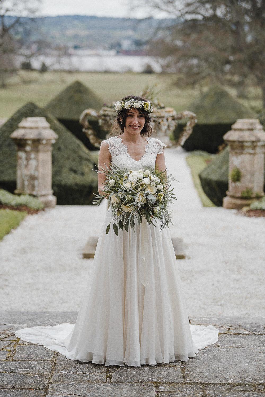 POWDERHAM-CASTLE-WEDDING-PHOTOGRAPHER-CORNWALL-DEVON-47.jpg