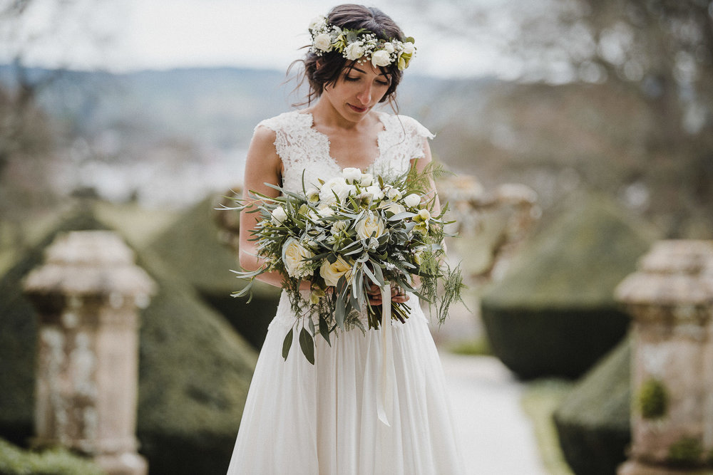 POWDERHAM-CASTLE-WEDDING-PHOTOGRAPHER-CORNWALL-DEVON-48.jpg