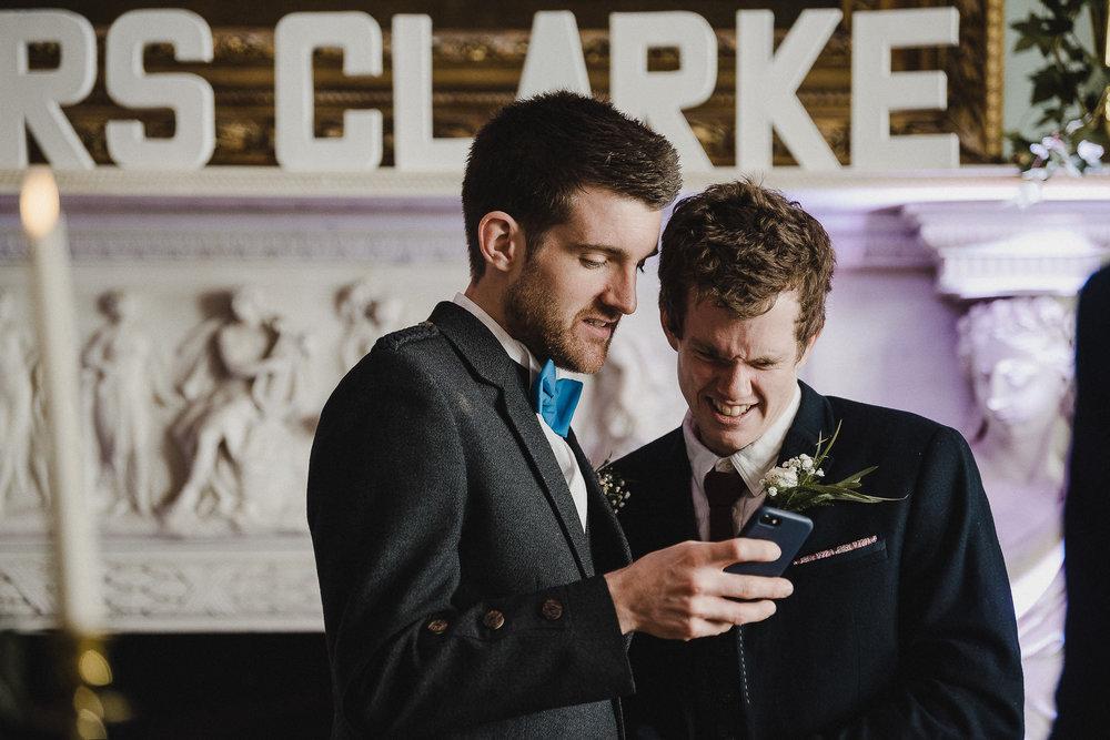 POWDERHAM-CASTLE-WEDDING-PHOTOGRAPHER-CORNWALL-DEVON-50.jpg