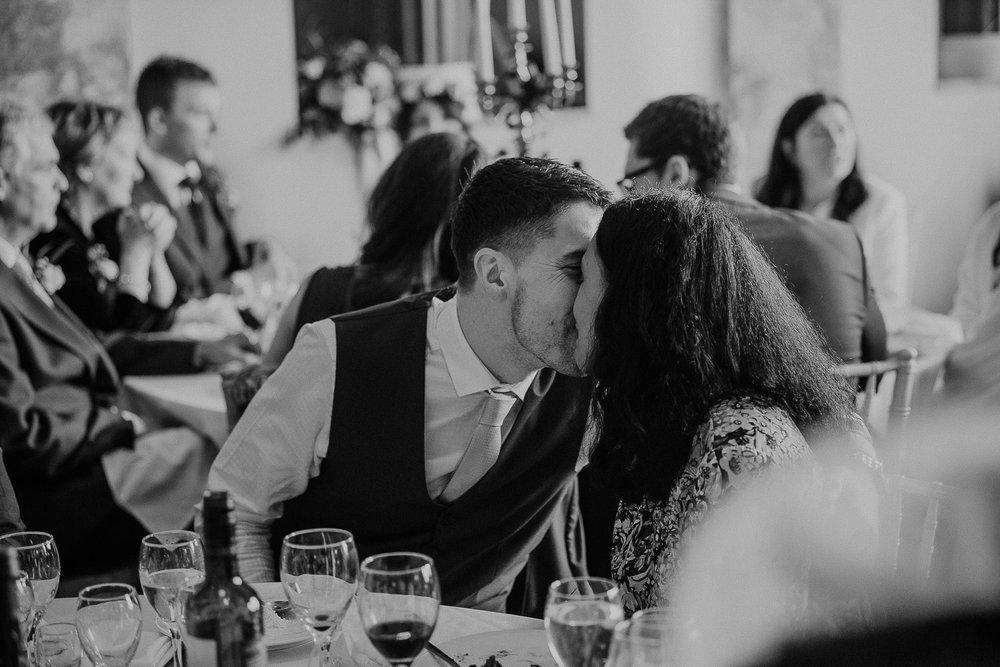 POWDERHAM-CASTLE-WEDDING-PHOTOGRAPHER-CORNWALL-DEVON-56.jpg