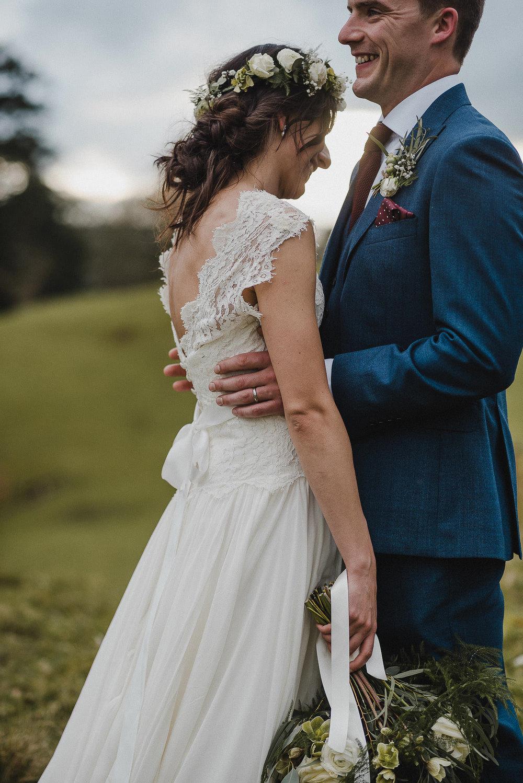 POWDERHAM-CASTLE-WEDDING-PHOTOGRAPHER-CORNWALL-DEVON-76.jpg