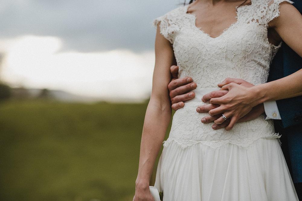 POWDERHAM-CASTLE-WEDDING-PHOTOGRAPHER-CORNWALL-DEVON-77.jpg