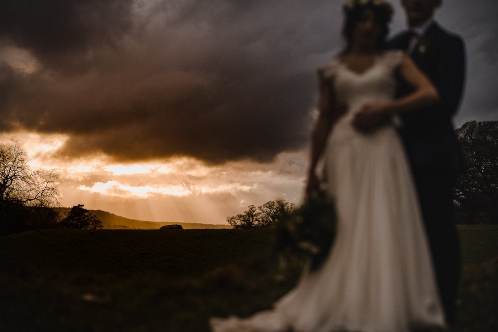 POWDERHAM-CASTLE-WEDDING-PHOTOGRAPHER-CORNWALL-DEVON-79.jpg