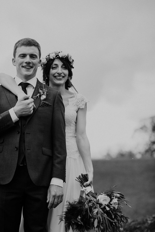 POWDERHAM-CASTLE-WEDDING-PHOTOGRAPHER-CORNWALL-DEVON-83.jpg